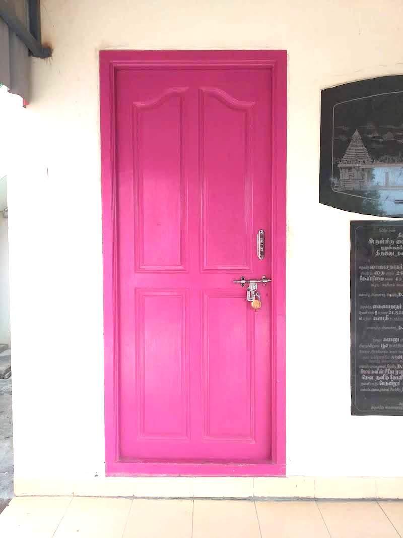 Porte du Temple Rose AliaOm Yoga